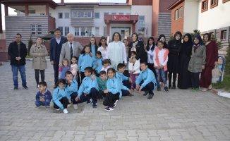 Beyza Elban'dan Ağrı Sevgi Evlerine Ziyaret