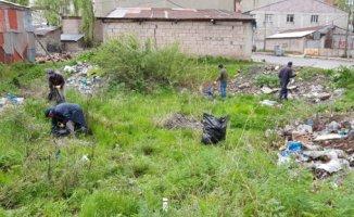 Ağrı Belediyesi Çevre Çalışmalarını Hızlandırdı