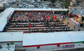 """Doğubeyazıt'ta 3 Bin Katılımcılı """"Kardeşlik İftarı"""" Projesi"""