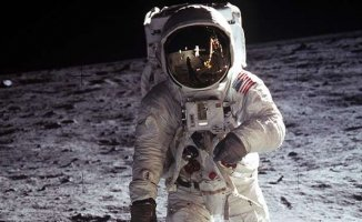 Nasa Ay'a Tekrar Astronot Gönderecek!