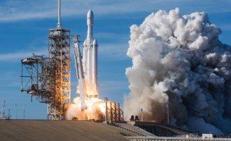 SpaceX Arap Uydusunu Uzaya Gönderecek