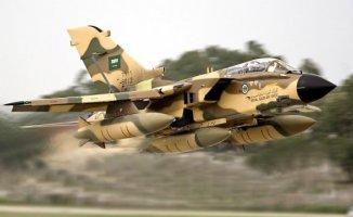 Suudi Arabistan Yemene Bomba Yağdırdı