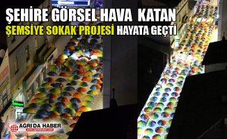 Ağrı Belediyesi Şemsiyeli Sokak Projesini Hayata Geçirdi