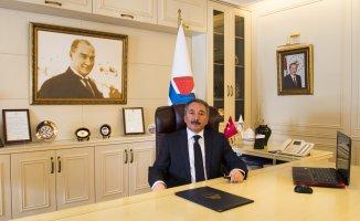 A.İ.Ç.Ü. Rektörü Abdulhalik Karabulut'tan Kurban Bayramı Mesajı
