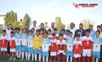Eleşkirt Yaz Kur'an Kursu Öğrencilerine Yönelik Futbol Turnuvası