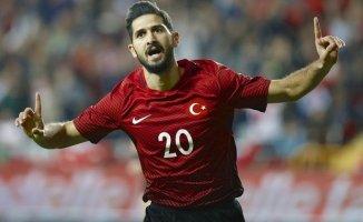 Fenerbahçe'den Sürpriz Transfer Hamlesi! Emre Akbaba'yı Renklerine Bağladı
