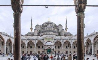 Türkiye Geneli Diyanet Kurban Bayramı Hutbesi Yayınlandı! (Bayram Namazı Hutbesi)