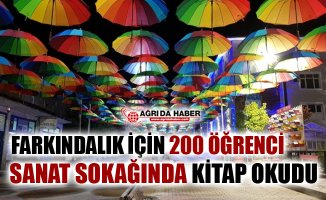 Tutak'ta 200 Öğrenci Farkındalık İçin Sanat Sokağında Kitap Okudu