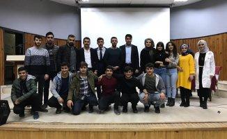 Ağrı'da Öğrenci Meclis Başkanlığına Yunus Emre Taştan Seçildi