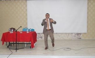 """Ağrı'da """"2023 Yılı Türkiye Eğitim Vizyon Belgesi"""" Konferansı Devam Ediyor"""