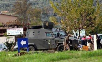 Hatay'da Askeri Araç Devrildi