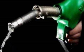 Petrol Fiyatlarında Sert Düşüş Yaşandı