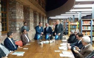 """AİÇÜ """"2019 Prof. Dr. Fuat Sezgin Yılı"""" Etkinlikleri Kapsamında Protokol İmzaladı"""