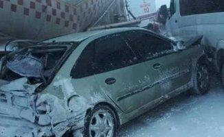 Erzurum'da 20 Araçlık Kaza! 1 Kişi Öldü!