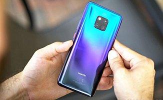 Huawei Mate 20 Pro Başka Telefonları Kablosuz Şarj Edebiliyor