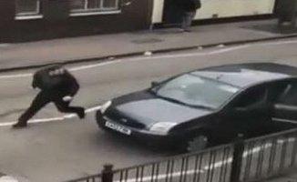 Müslümanlara Bir Saldırı Daha! Londra'da Müslümanlara Saldırdılar!