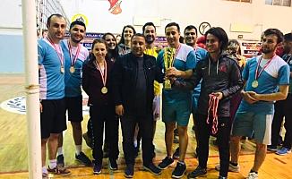 Ağrı'da Öğretmenler Voleybol Turnuvası yapıldı!