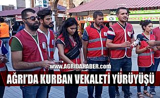 Ağrı Türk Kızılayı Kurban Vekaleti destek Yürüyüşü yaptı