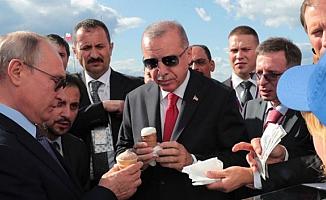 Putin Cumhurbaşkanı Erdoğana Dondurma İkram Etti!