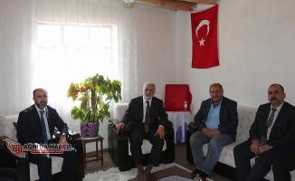 Ağrı Müftüsü Tandoğan Topçu'dan Şehit Ailelerine Ziyaret