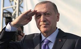 Erdoğan'dan Asker Selamı!