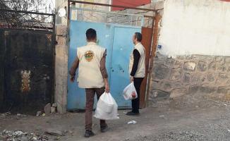 Umut Kervanı Doğubayazıt temsilciliği yardımlarını sürdürüyor