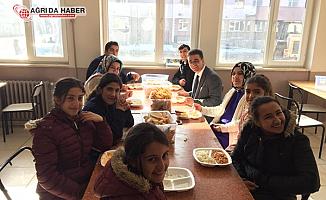 Kaya Karakoç'tan Vali Recep Yazıcıoğlu Anadolu İmam Hatip lisesine ziyaret