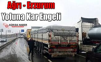 Ağrı - Erzurum Yoluna Kar Engeli