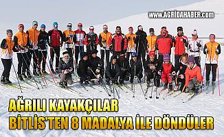 Ağrı'lı Kayakçılar Bitlis'ten 8 Madalya ile Döndü