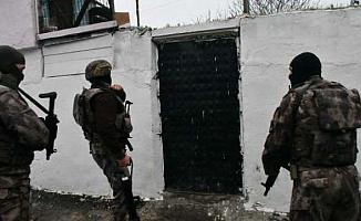 Hakkari'de Operasyon! 23 Gözaltı
