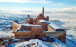 İshak Paşa Sarayı Koronavirüs Nedeniyle Kapatıldı!