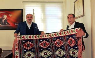 Tutak Belediye Başkanı Bülent Duru, Çukurca Belediyesini ziyaret etti