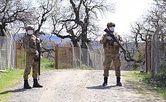 5 Sivili Öldüren PKK'lı Aranıyor