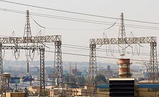 Anlaşma İmzalandı! Irak'a İran elektrik satacak