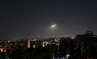 İsrail Suriye'de İran'a ait hedefleri vurdu