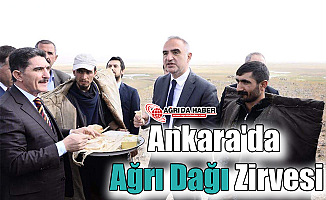 Ankara'da Ağrı Dağı Zirvesi Yapıldı