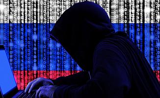 Rus Hackerlar Koronavirüs Aşı Formüllerini Almaya Çalışıyor
