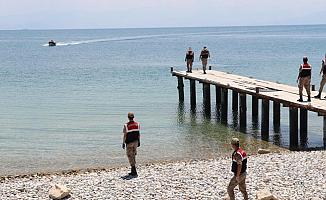 Van Gölü'nde Göçmen Teknesi Battı! 23 Can Kaybı!