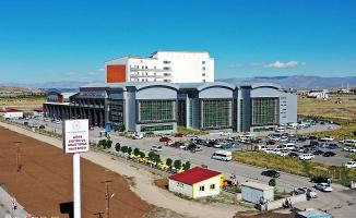 AİÇÜ Eğitim ve Araştırma Hastanesi hizmete başladı