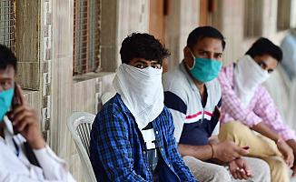 Hindistan'da Koronavirüs ölümlerinde Dehşet Artış