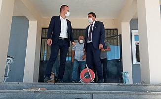 Mehmet Faruk Tekin Doğubayazıt'taki okul hazırlıklarını inceledi