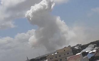 Somali'de askeri üsse bombalı araç saldırısı