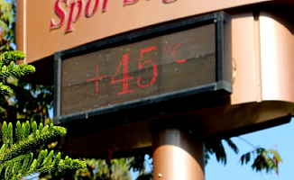 Adana'da İnanılmaz Sıcaklık! 45 Derece