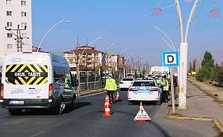 Ağrı'da Trafik Uygulamasıyla Öğrenci Servisleri Denetlendi