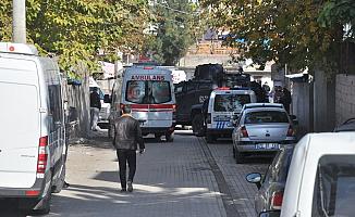 Diyarbakır'da İki Aile Birbirine Girdi!