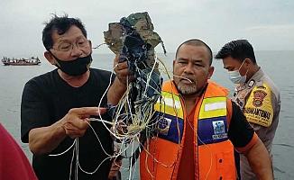 Endonezya'da Haber Alınamayan Uçak Bulundu!