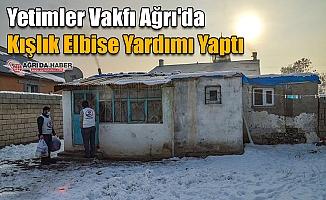 Yetimler Vakfı Ağrı'da Kışlık Elbise Yardımı Yaptı