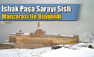 İshak Paşa Sarayı Sisli Manzarası İle Büyüledi