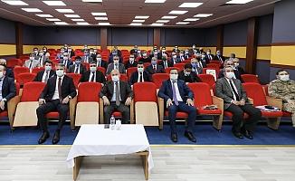 Vali Varol Kurum Müdürleriyle Toplantı Gerçekleştirdi