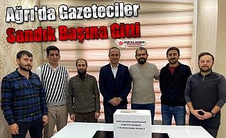 Ağrı'da Gazeteciler Sandık Başında